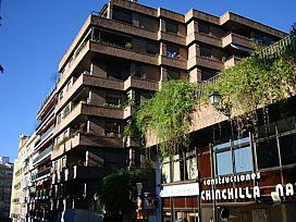 Local en venta en Granada, Granada, Avenida Divina Pastora, 195.840 €, 176 m2