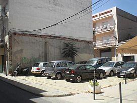 Suelo en venta en L` Escala, Girona, Calle Enric Serra, 302.300 €, 137,07 m2