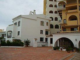 Local en venta en Marbella, Málaga, Urbanización Puerto Deportivo Cabopino, 270.400 €, 165,9 m2