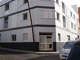 Local en alquiler en San Cristobal de la Laguna, Santa Cruz de Tenerife, Calle Maria Luisa, 765 €, 527 m2