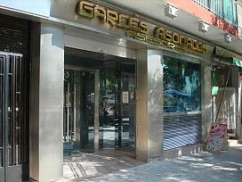 Local en venta en Castelldefels, Barcelona, Avenida Manuel Girona, 309.000 €, 49 m2