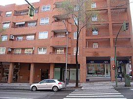 Local en venta en Constitución, Guadalajara, Guadalajara, Calle Julian Besteiro, 141.750 €, 183 m2