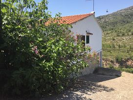 Casa en venta en Pratdip, Pratdip, Tarragona, Calle Gladiolo, 74.800 €, 3 habitaciones, 1 baño, 187 m2