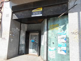 Local en venta en Benicalap, Valencia, Valencia, Avenida General Aviles, 141.000 €, 159,9 m2