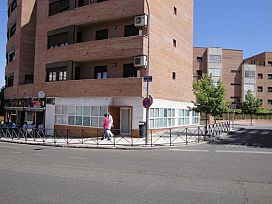 Local en venta en El Fuerte, Guadalajara, Guadalajara, Calle Cuba, 167.400 €, 184 m2
