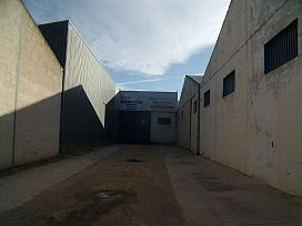 Industrial en venta en Los Llanos, Albacete, Albacete, Calle Autovia, 151.000 €, 799 m2