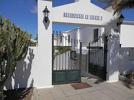 Casa en venta en Costa Teguise, Teguise, Las Palmas, Calle Caldera de Taburiente, 224.000 €, 4 habitaciones, 3 baños, 122 m2