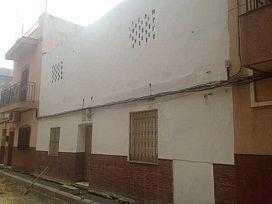 Casa en venta en Distrito Cerro-amate, Sevilla, Sevilla, Calle Comprensión, 62.000 €, 3 habitaciones, 2 baños, 121 m2