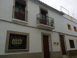 Piso en venta en Valencia de Alcántara, Valencia de Alcántara, Cáceres, Calle Dueñas, 52.500 €, 2 habitaciones, 2 baños, 100 m2