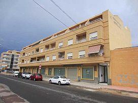 Piso en venta en El Salar, Cox, Alicante, Calle la Hoya, 59.600 €, 1 baño, 77 m2