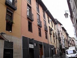 Piso en venta en Alde Zaharra/casco Viejo, Vitoria-gasteiz, Álava, Calle Santo Domingo, 103.000 €, 1 habitación, 1 baño, 77 m2