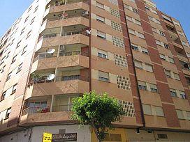 Piso en venta en Grupo San Vicente Ferrer, Castellón de la Plana/castelló de la Plana, Castellón, Avenida Valencia, 88.500 €, 3 habitaciones, 1 baño, 110 m2