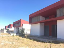 Casa en venta en Olivenza, Badajoz, Avenida Arroyo de la Quinta, 205.500 €, 3 habitaciones, 2 baños, 173,7 m2