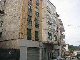 Piso en venta en Can Moca, Olot, Girona, Calle Joan Maragall, 47.000 €, 3 habitaciones, 1 baño, 97 m2