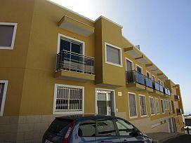 Piso en venta en Guía de Isora, Santa Cruz de Tenerife, Calle Guicios, 111.280 €, 2 habitaciones, 1 baño, 67 m2
