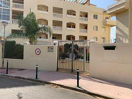 Piso en venta en Urbanización Sitio de Calahonda, Mijas, Málaga, Calle Severiano Ballesteros, 141.750 €, 2 habitaciones, 2 baños, 90 m2