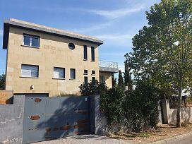 Casa en venta en Caraquiz, Uceda, Guadalajara, Avenida del Sauce, 242.000 €, 3 habitaciones, 4 baños, 330 m2