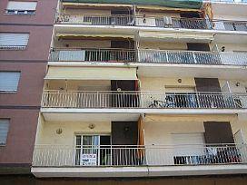 Piso en venta en Medellín, Vilafranca del Penedès, Barcelona, Calle Ramon Freixas, 83.000 €, 4 habitaciones, 1 baño, 96 m2