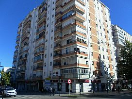 Piso en venta en Cornisa Azul, San Juan de Aznalfarache, Sevilla, Calle 28 de Febrero, 41.600 €, 3 habitaciones, 1 baño, 49 m2