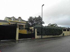 Casa en venta en Las Vaguadas, Badajoz, Badajoz, Calle Abedules, 324.900 €, 2 baños, 408 m2