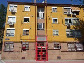 Piso en venta en San Blas, Madrid, Madrid, Calle Morales del Rey, 110.000 €, 3 habitaciones, 1 baño, 52 m2