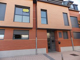 Piso en venta en La Flecha, Arroyo de la Encomienda, Valladolid, Calle Pisuerga, 124.500 €, 2 habitaciones, 1 baño, 80 m2