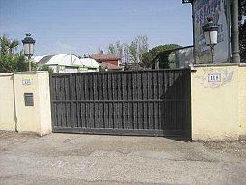 Casa en venta en Santovenia de Pisuerga, Valladolid, Valladolid, Avenida Santander, 441.000 €, 5 habitaciones, 3 baños, 644 m2