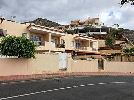 Casa en venta en Adeje, Santa Cruz de Tenerife, Calle Galicia, 231.000 €, 2 habitaciones, 2 baños, 143 m2