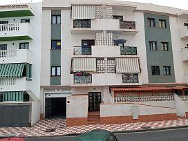 Piso en venta en La Postura, Adeje, Santa Cruz de Tenerife, Avenida Viera Y Clavijo, 119.600 €, 1 baño, 90 m2