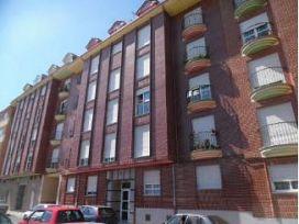 Piso en venta en Bembibre, León, Calle Rio Sil, 65.000 €, 3 habitaciones, 2 baños, 89 m2