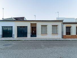 Casa en venta en Campillos, Málaga, Calle Ramon Y Cajal, 83.200 €, 3 habitaciones, 1 baño, 111 m2