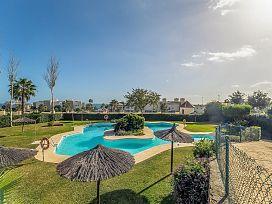 Casa en venta en Bahía Dorada, Estepona, Málaga, Avenida Costa Galera, 284.000 €, 1 baño, 129 m2