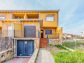 Casa en venta en Sotillo de la Adrada, Sotillo de la Adrada, Ávila, Urbanización la Chajurdas Parc, 123.600 €, 1 baño, 174 m2