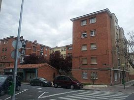Piso en venta en La Estrella, Logroño, La Rioja, Calle Luis de Ulloa, 55.000 €, 1 baño, 82 m2
