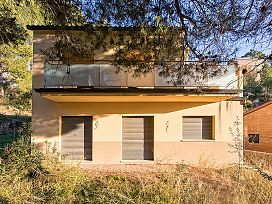 Casa en venta en Castellgalí, Castellgalí, Barcelona, Calle Anoia, 207.600 €, 3 habitaciones, 2 baños, 240 m2