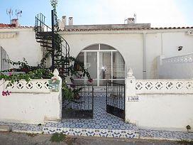 Piso en venta en La Mata, Torrevieja, Alicante, Avenida Adradas, 52.700 €, 2 habitaciones, 1 baño, 104 m2