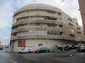 Piso en venta en Urbanización Calas Blancas, Torrevieja, Alicante, Calle Hermanos Bazan, 49.875 €, 1 habitación, 1 baño, 63 m2