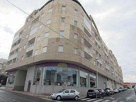 Piso en venta en La Mata, Torrevieja, Alicante, Avenida Ronda Ricardo Lafuente Aguado, 65.000 €, 2 habitaciones, 1 baño, 68 m2