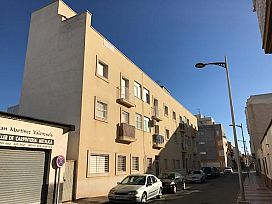 Piso en venta en Los Depósitos, Roquetas de Mar, Almería, Avenida Luis Buñuel, 68.875 €, 2 habitaciones, 1 baño, 68 m2