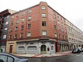 Piso en venta en Allende, Miranda de Ebro, Burgos, Calle Ciudad Jardin, 41.800 €, 3 habitaciones, 1 baño, 105 m2