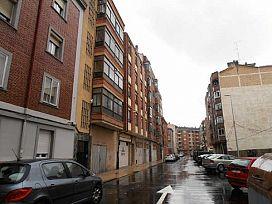 Piso en venta en Allende, Miranda de Ebro, Burgos, Calle Fernan Gonzalez, 35.400 €, 3 habitaciones, 1 baño, 80 m2