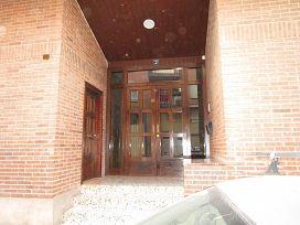 Piso en venta en Albelda de Iregua, Albelda de Iregua, La Rioja, Avenida la Rioja, 56.500 €, 4 habitaciones, 1 baño, 123 m2