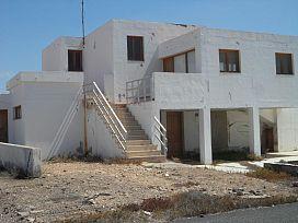 Casa en venta en Nuevo Horizonte, Antigua, Las Palmas, Urbanización Llanos del Dinero, 136.990 €, 5 habitaciones, 2 baños, 145 m2