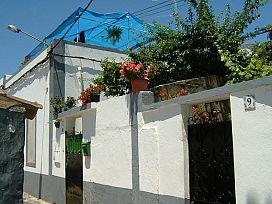 Piso en venta en El Álamo, Santa Lucía de Tirajana, Las Palmas, Calle Maestro Tarrida, 64.000 €, 2 habitaciones, 1 baño, 81 m2