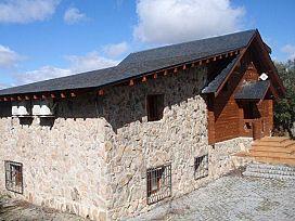 Casa en venta en Los Ángeles de San Rafael, El Espinar, Segovia, Calle Argentina, 163.700 €, 7 habitaciones, 2 baños, 205 m2