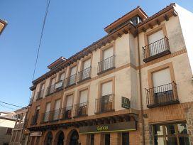 Piso en venta en Prádena, Prádena, Segovia, Calle Plaza, 84.000 €, 5 habitaciones, 2 baños, 183 m2
