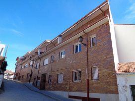 Piso en venta en El Espinar, Segovia, Calle Pregonera, 111.000 €, 4 habitaciones, 1 baño, 153 m2