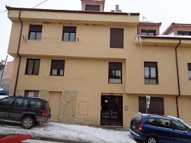 Piso en venta en Espirdo, Segovia, Calle Real, 75.500 €, 2 habitaciones, 1 baño, 79 m2