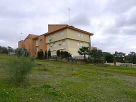 Piso en venta en El Garrobo, El Garrobo, Sevilla, Urbanización Barrio Sierralagos, 31.400 €, 1 habitación, 1 baño, 46 m2
