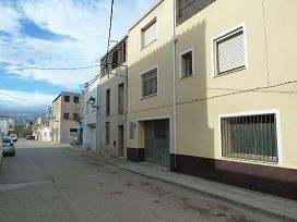 Casa en venta en Els Valentins, Ulldecona, Tarragona, Calle Montsia, 38.000 €, 3 habitaciones, 1 baño, 113 m2